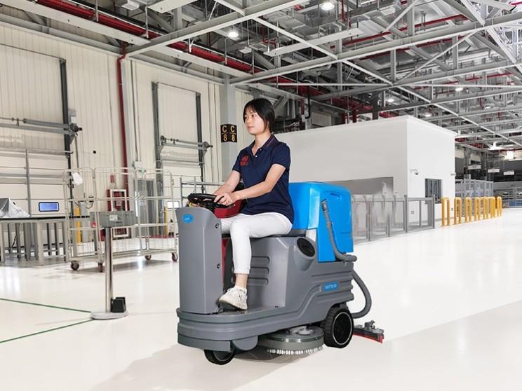 洗地机的优点,为什么说洗地机能取代人工清洁