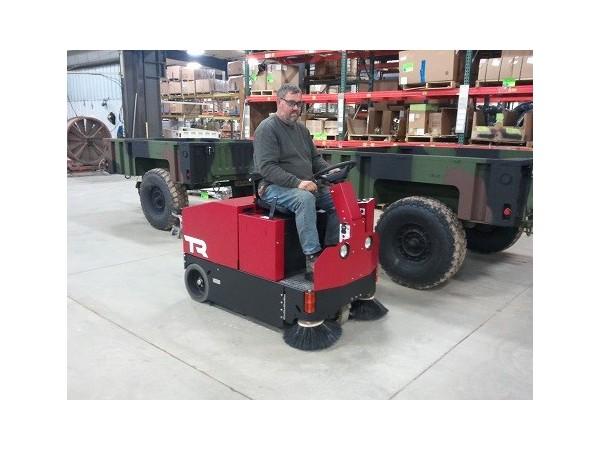 卡特TR大型驾驶式洗地机